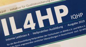 """Übergabe und Versand des Katalogs """"IL4HP"""" durch die IQHP an gesundheitspolitische Gremien"""